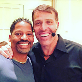Tony Robbins : Entrepreneur, Coach, Mentor and Thought Leader